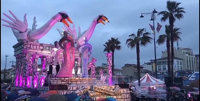 Festivalden renkli görüntüler