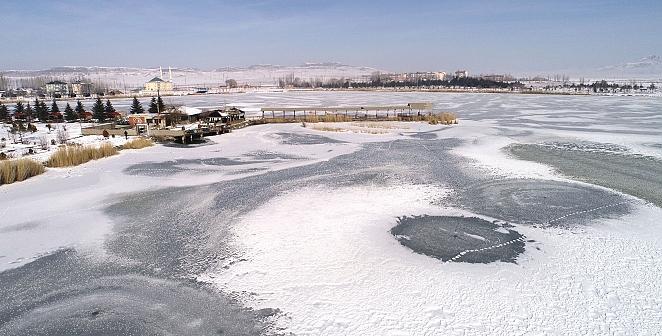 Sivas'tan göl manzaraları
