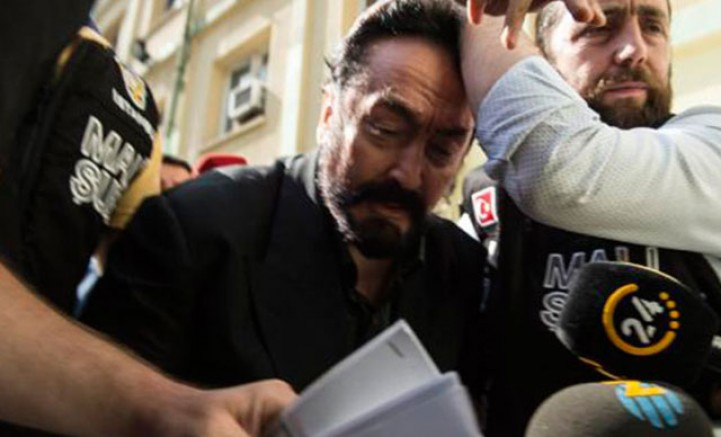 Adnan Oktar davasında 'Turnike sistemi' itirafı
