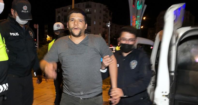 Alkollü halde kısıtlamayı delmekle kalmadı, polise hakaret etti, basına saldırdı