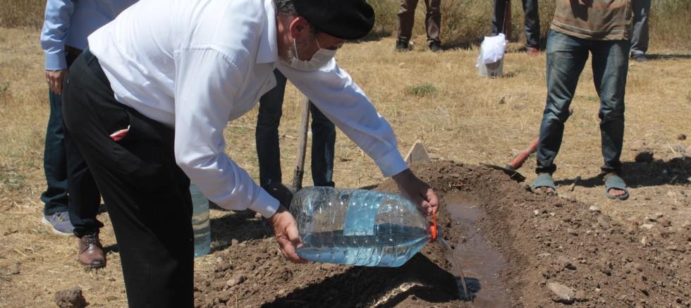 Arkeolog Karpe, Sivas'ta evinin bahçesinde toprağa verildi