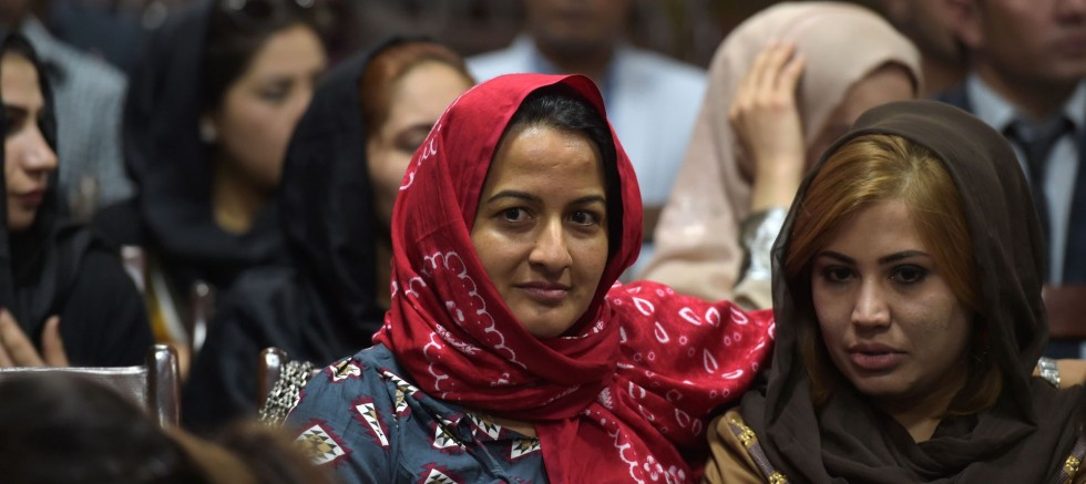 Barışa kadın şartı