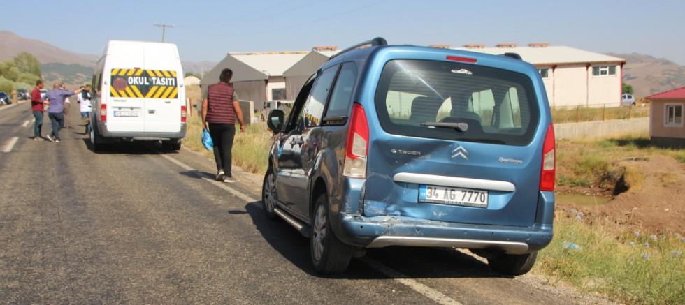 Düğün konvoyunda zincirleme kaza: 8 yaralı