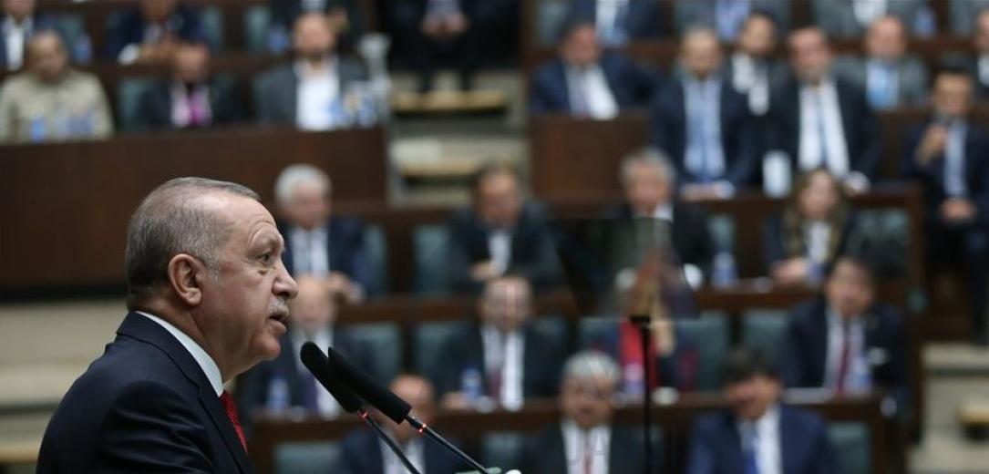 Erdoğan'dan 'tiyatro' eleştirisi