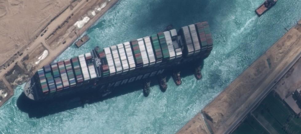 Ever Given gemisinin sigorta firmasından, SCA yetkililerine tepki geldi