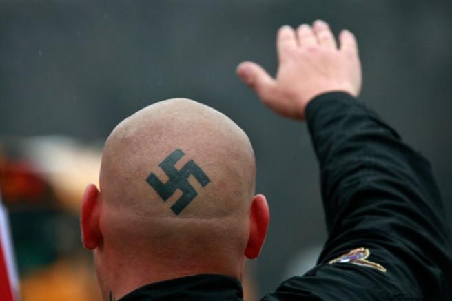 GÖÇ VAR - Almanya'da NAZİ endişesi