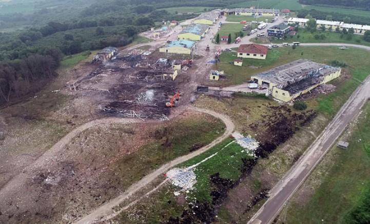 Havai fişek fabrikasındaki patlamada kayıplar aranıyor