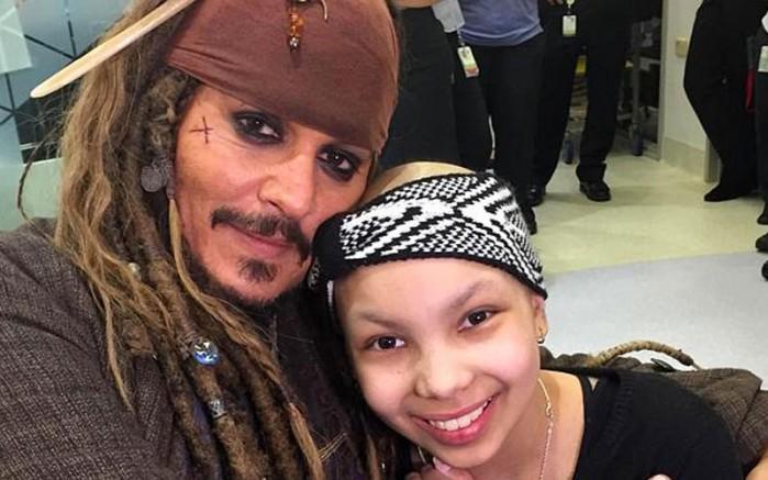 Johnny Depp ile selfie 10 bin TL