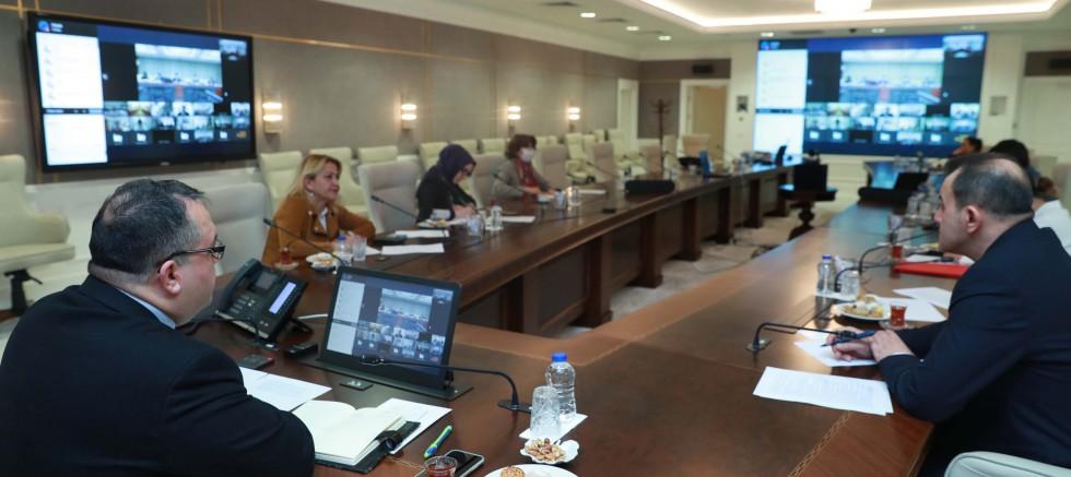 Koronavirüs Bilim Kurulu üyeleri, Çin'li yetkililer ile görüştü