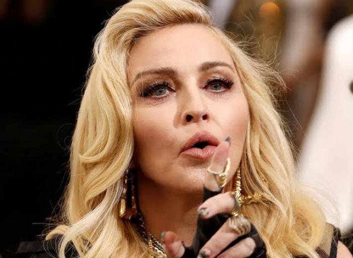 Madonna: Ben de İnsanım