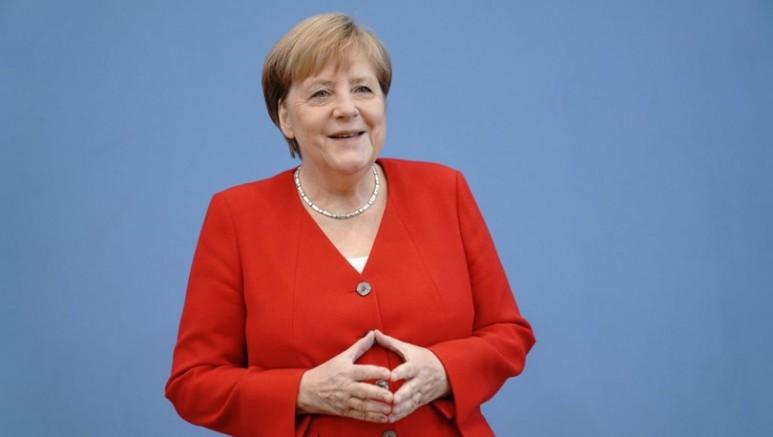 Merkel video konferans ile görüşme yapacak