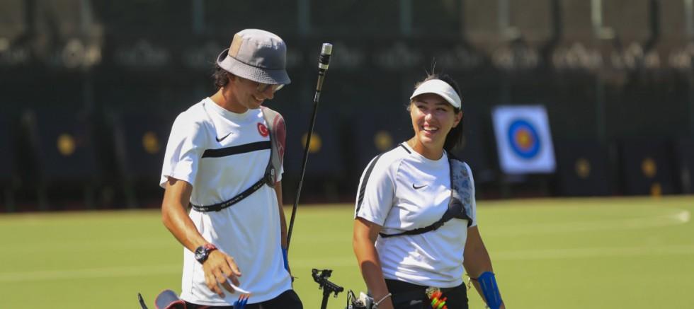 Mete Gazoz ve Yasemin Ecem Anagöz, bronz madalya maçına çıkacak