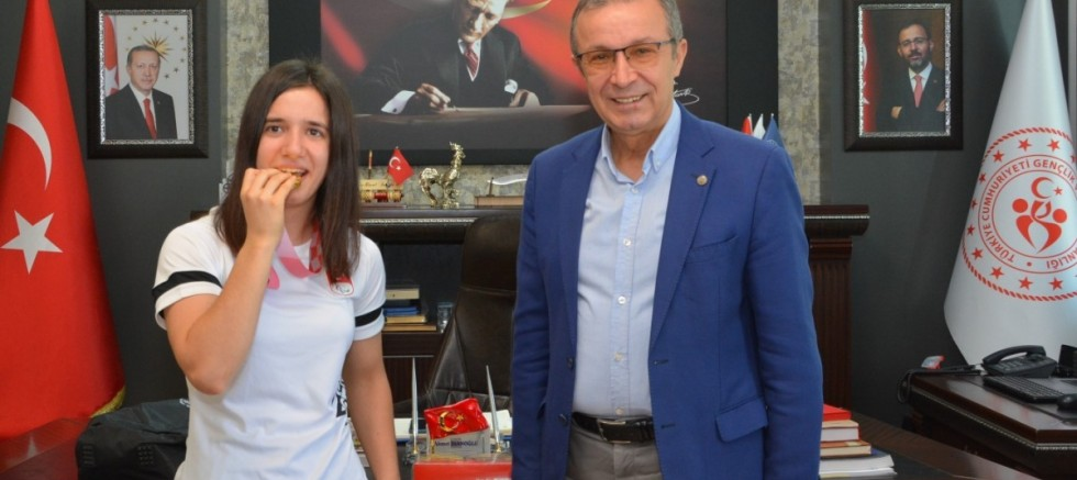 Olimpiyat şampiyonundan İbanoğlu'na ziyaret