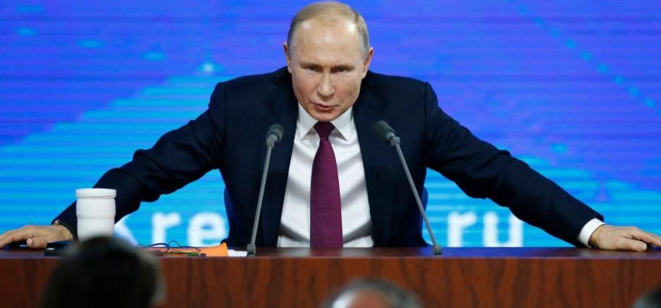 Putin: Ben bu koltukta olduğum sürece asla!