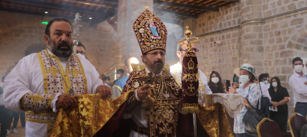 Restore edilen 128 yıllık Taşhoron Kilisesi açıldı