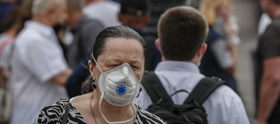 Rusya'da, Covid-19 nedeniyle ölenlerin sayısı 4 gündür 800'ün üzerinde