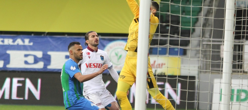 Süper Lig: Çaykur Rizespor: 0 - Trabzonspor: 0