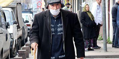 Emekli maaşını çeken yaşlı adama gasp dehşeti