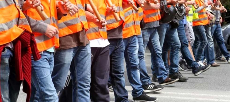 TÜRKİYE - 130 bin işçiye karşı lokavt!