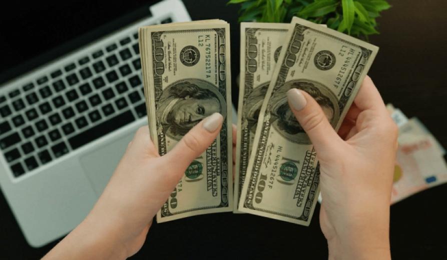 Yatırımda nakde geçiş doları arttırdı