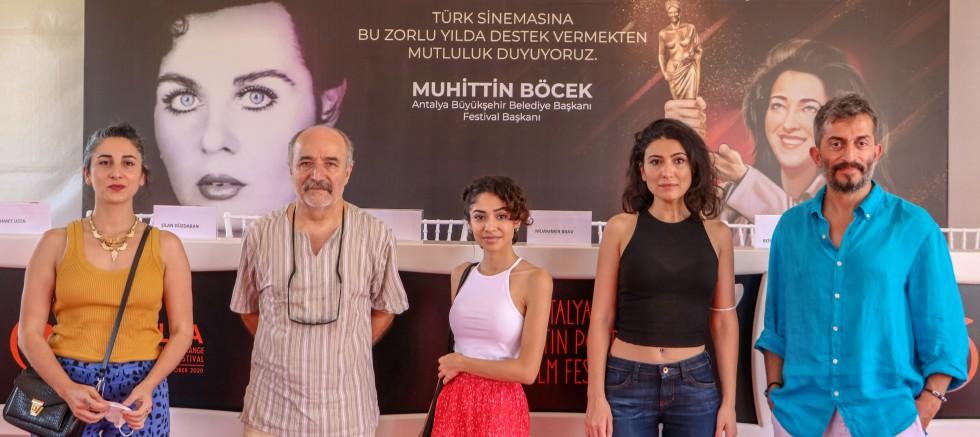Yönetmen Reis Çelik: Kadını eksik tutarak film yapmak olmaz