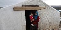 Kış ortasında evleri çadır